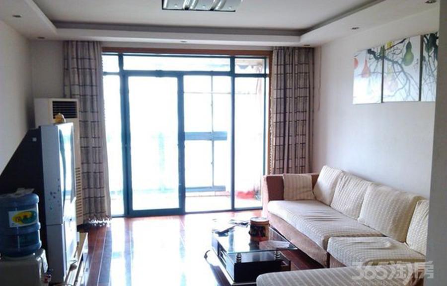 盛世豪庭3室2厅1卫满两年产权房精装修随时看房