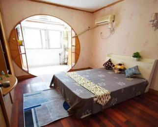 新房出租 装修温馨 配置全齐 适合两口之家和情侣居住