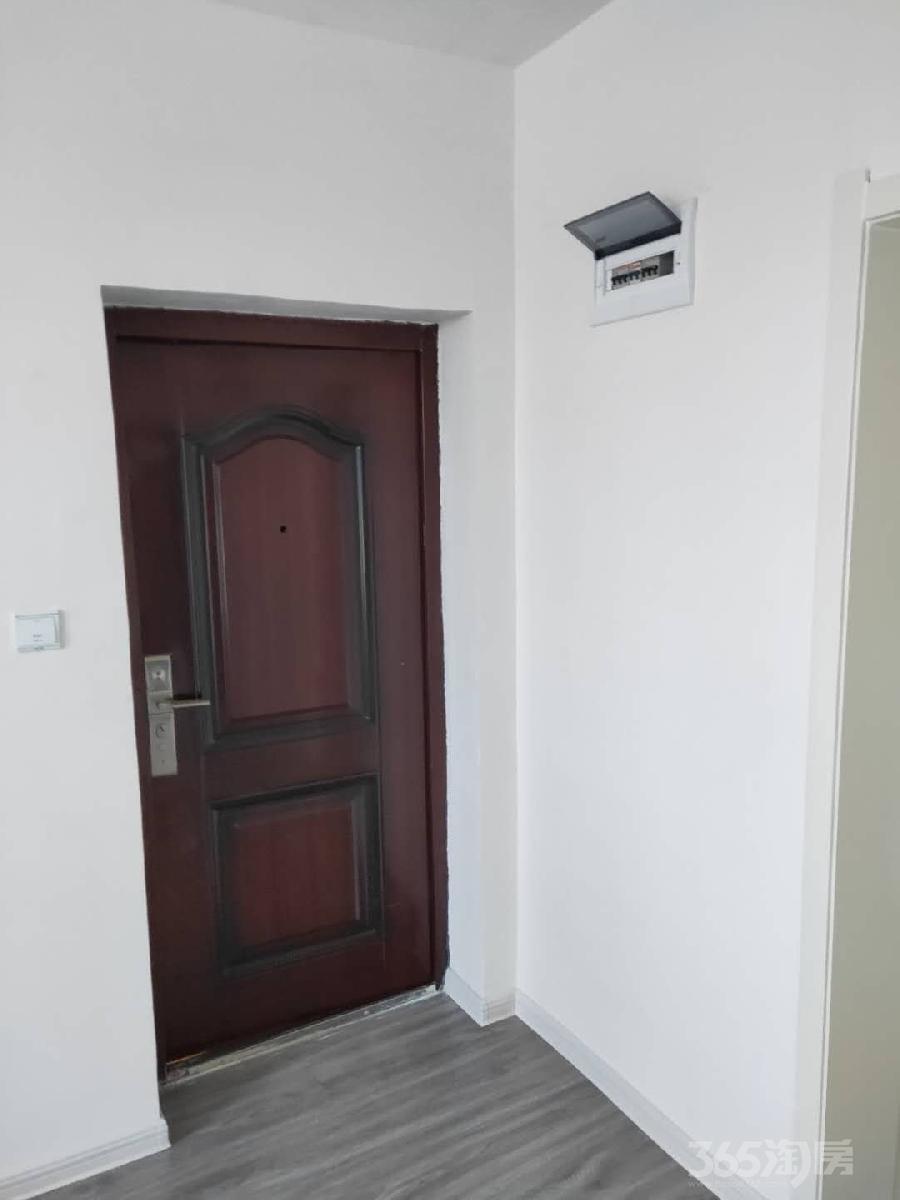 东四小区2室1厅1卫74平米整租中装