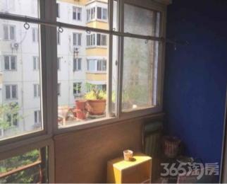盈家春天4室2厅2卫126平米豪华装产权房2004年建