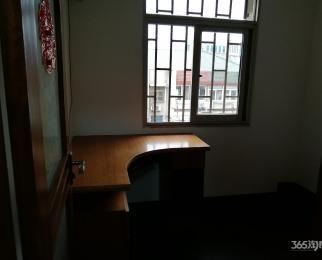 珠江路511号3室2厅1卫90平方产权房简装