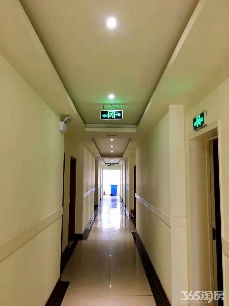 建邺区水西门橙子公寓25.00㎡精装1室1厅