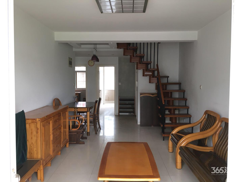 水榭华庭4室2厅2卫133.7平米精装产权房2004年建