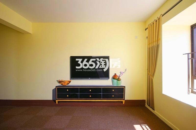 雅居乐国际花园B1户型125方样板房——卧室