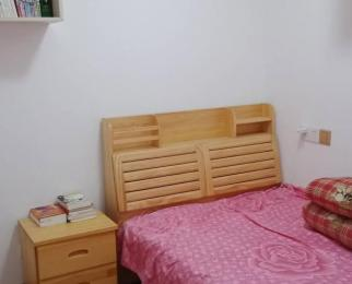 印湖山庄4室2厅1卫93平方产权房精装