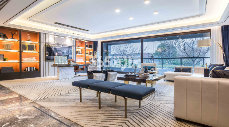 龙湖景粼天序项目188㎡客厅样板图