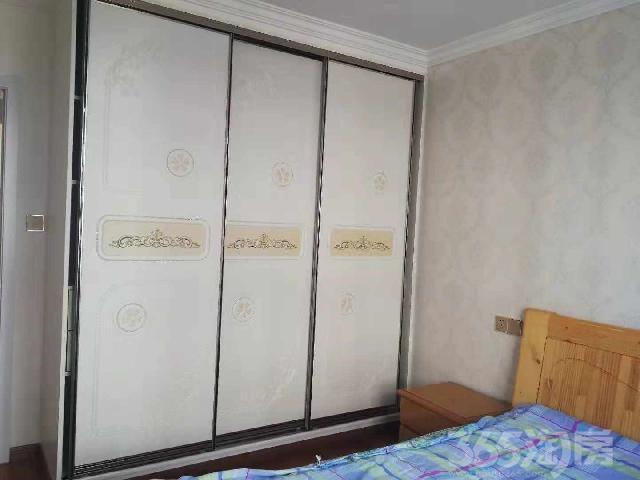 西梅庄3室2厅1卫100.00�O1998年产权房豪华装