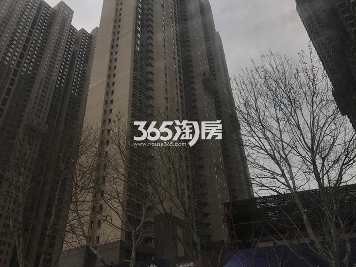 世茂外滩新城项目实景图(03.17)