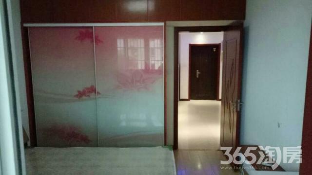 春江新城正和坊3室1厅1卫27平米合租豪华装