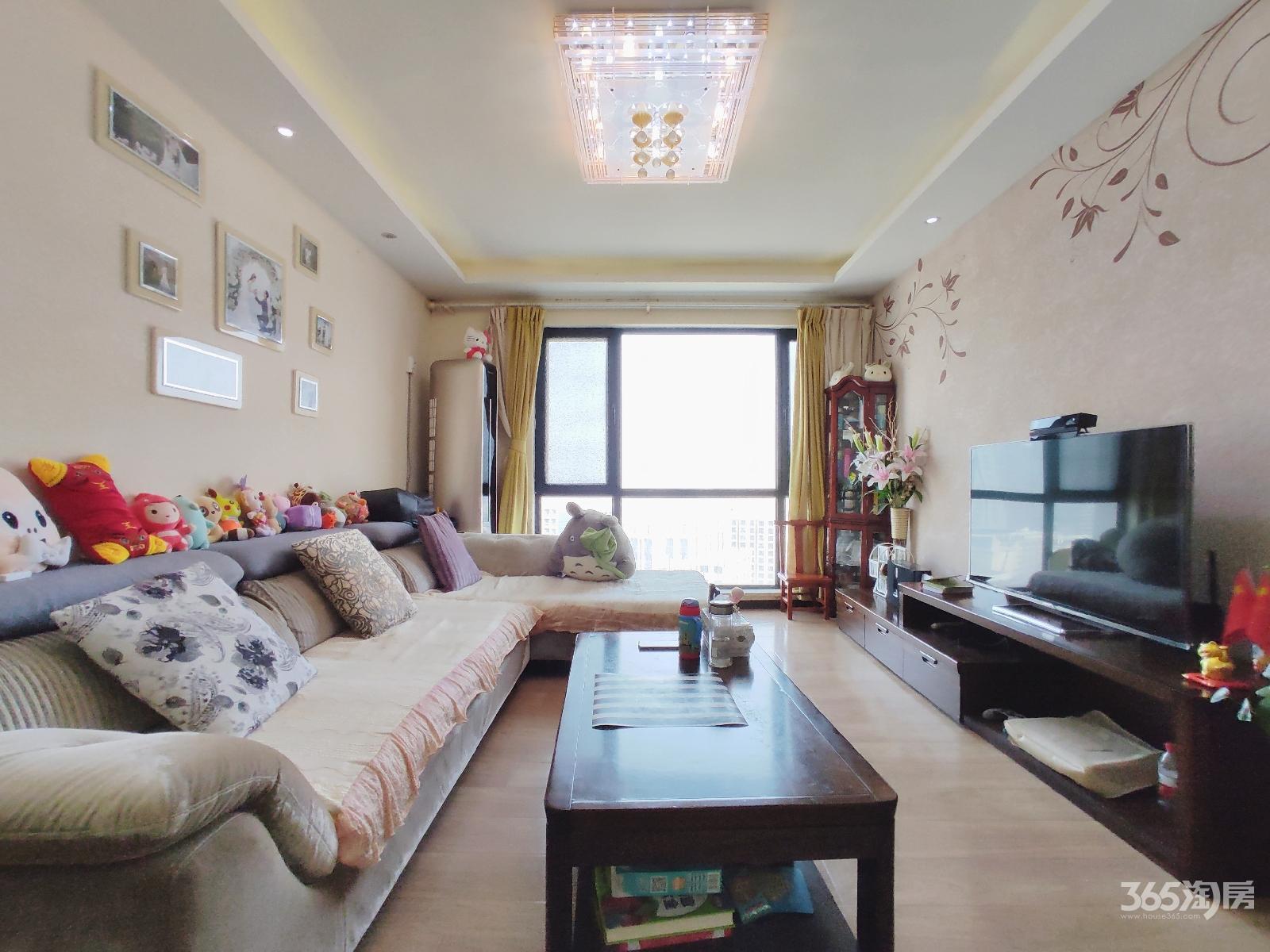 21世纪国际公寓西区3室2厅1卫98.5平方米300万元
