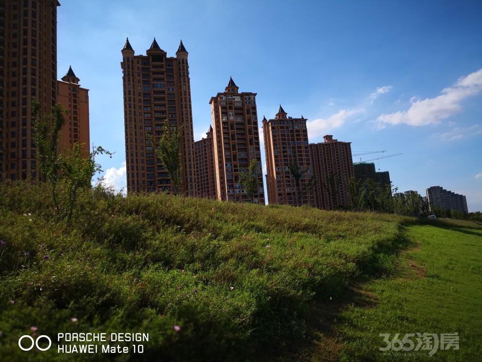 雅居乐滨江国际5室3厅4卫500平方米1750万元