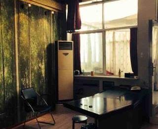 银湖波尔卡57平米38万元精装1998