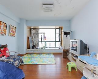 龙江 地铁口附近 精装两房 靠近苏宁广场 出行方便