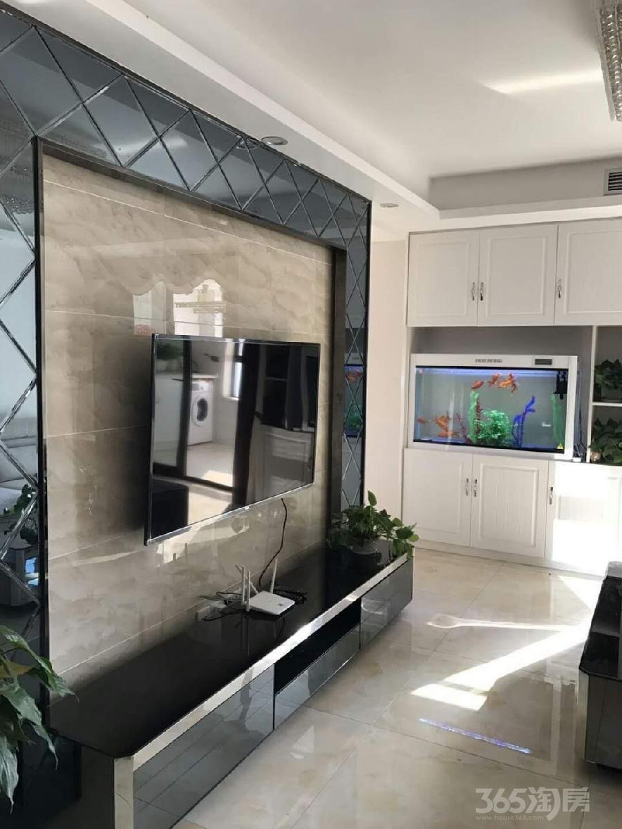 绿都万和城2室2厅1卫98平米整租精装