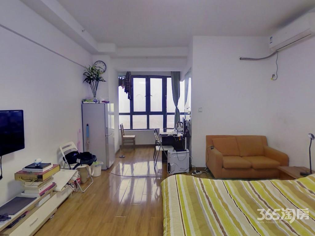 浦东大厦1室1厅1卫47㎡105万元