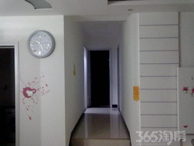 嘉慧园3室2厅2卫124�O整租精装