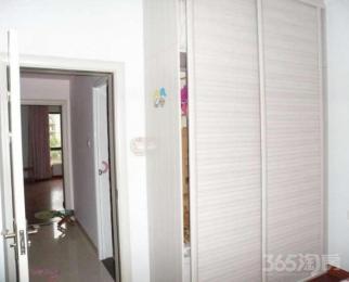 同和水岸3室2厅2卫138平米14年使用权房中装