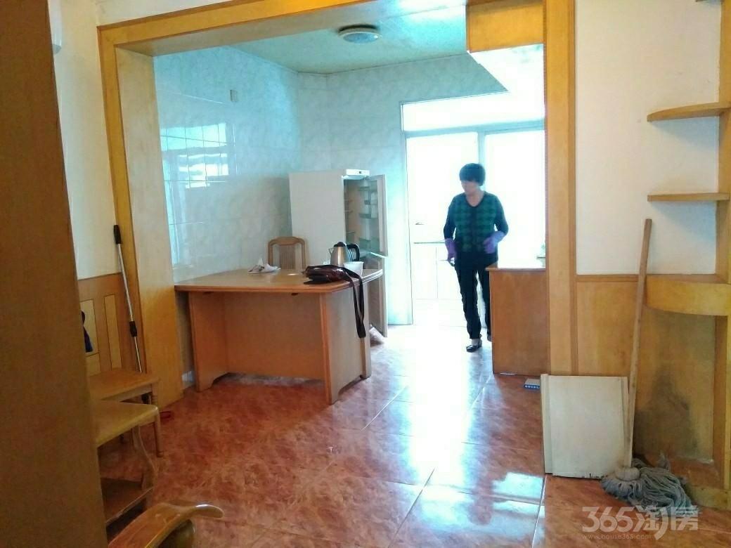 顾庄新村2室1厅1卫68平米整租中装