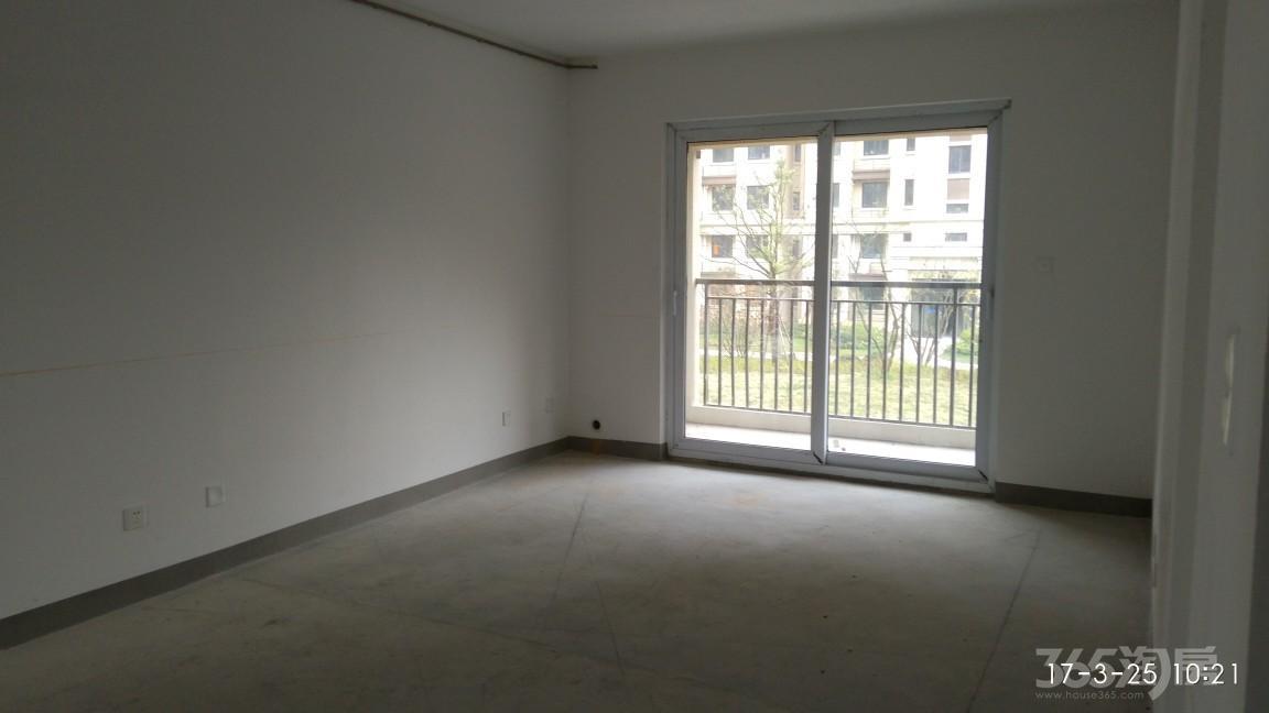 银亿东城12街区3室1厅2卫111.3平米2017年产权房