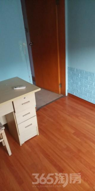 红星新村2室1厅1卫80平米整租中装