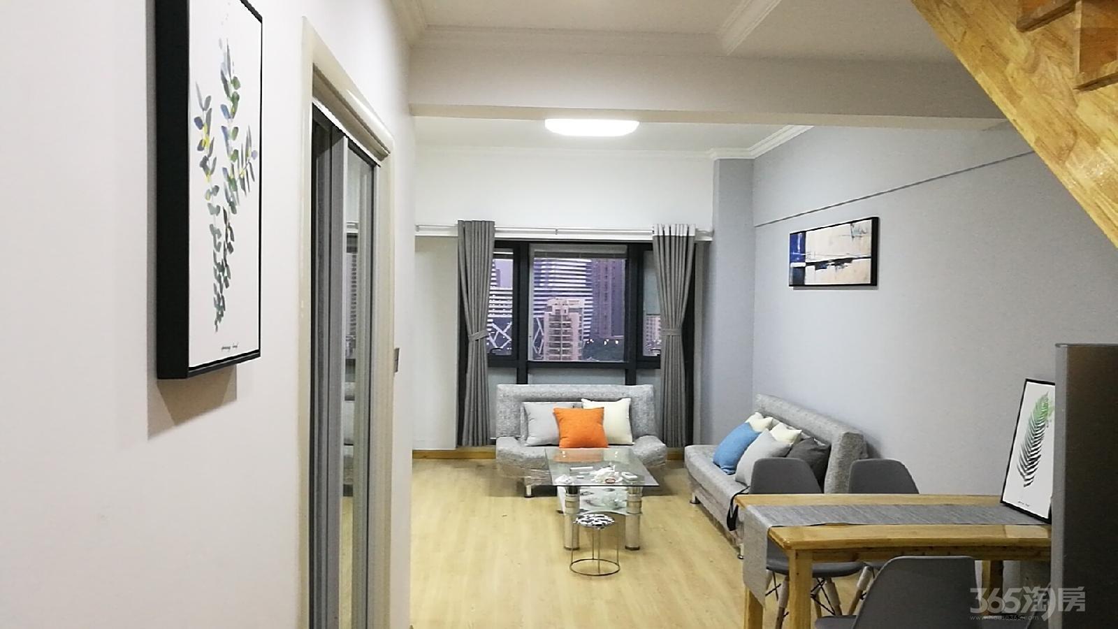 天誉花园2室2厅2卫83�O整租精装