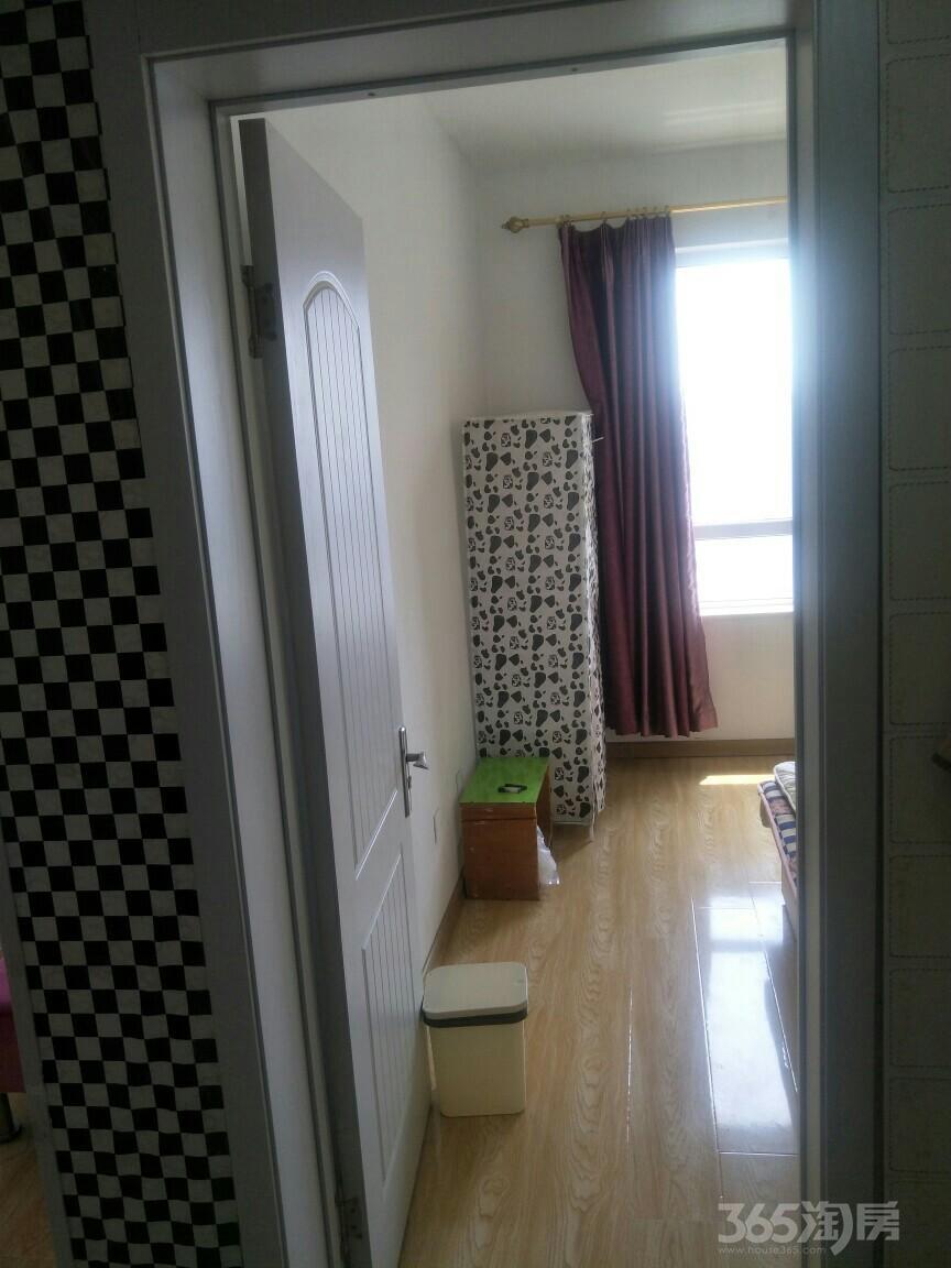 郡原小石城2室1厅1卫72平米整租中装