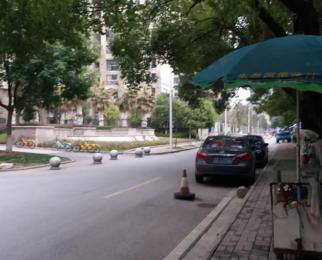 镜湖区金马小区住宅底商,弋江桥边,芜湖古城,东方