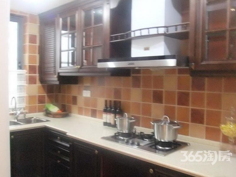 朗悦湾3室2厅1卫108�O2010年满两年产权房精装