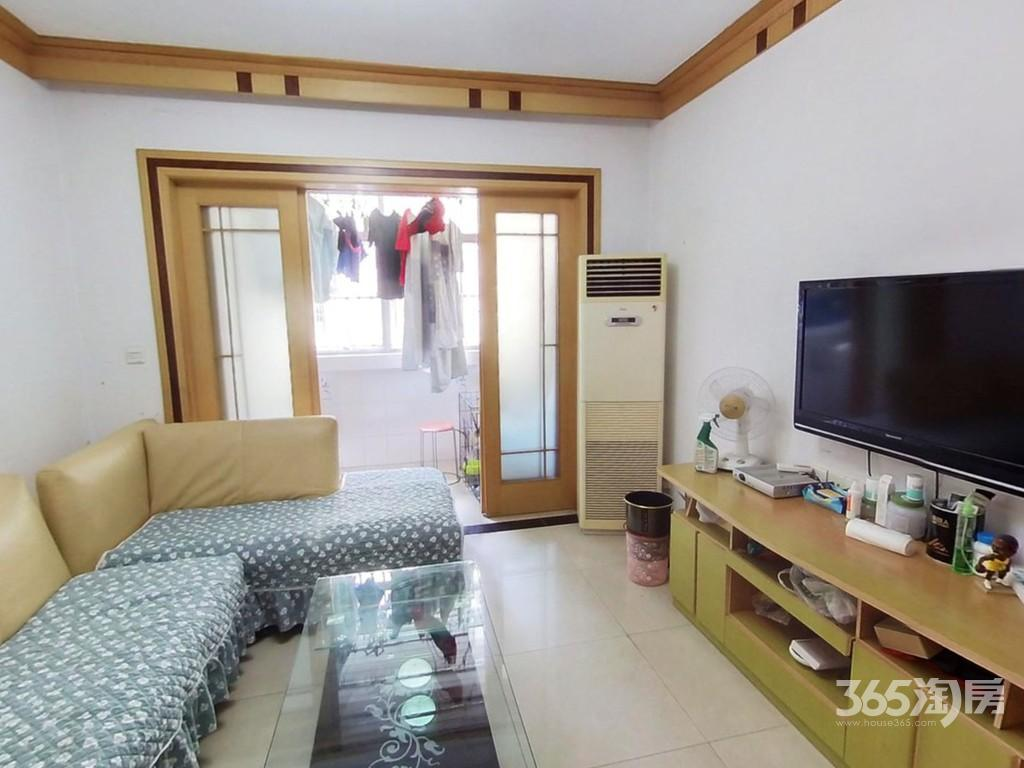 天泰南苑2室2厅1卫220万元85.12平方