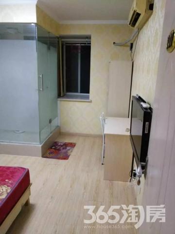 仙居华庭5室1厅3卫20㎡合租只限女豪华装