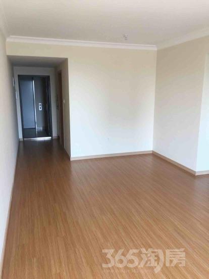 万科城3室2厅1卫99平米精装产权房2016年建