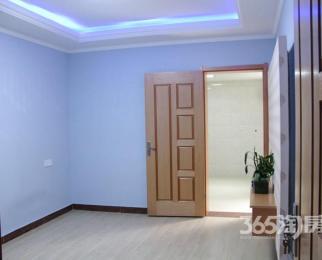 蓝旗街小区2室2厅满五年唯一带院子采光好精装房