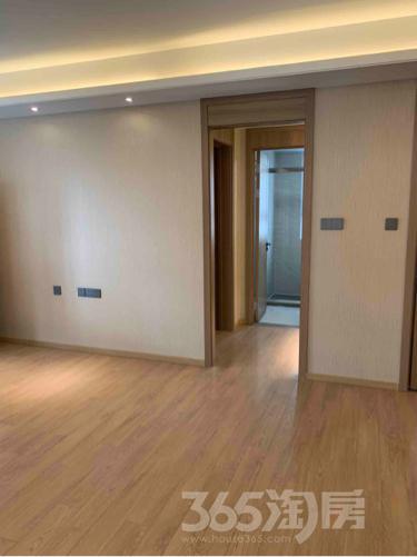 万科和昌金域东方3室2厅2卫113平米整租精装