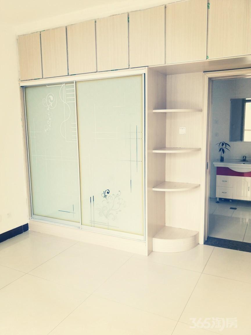 许西小区2室2厅1卫90平米整租精装
