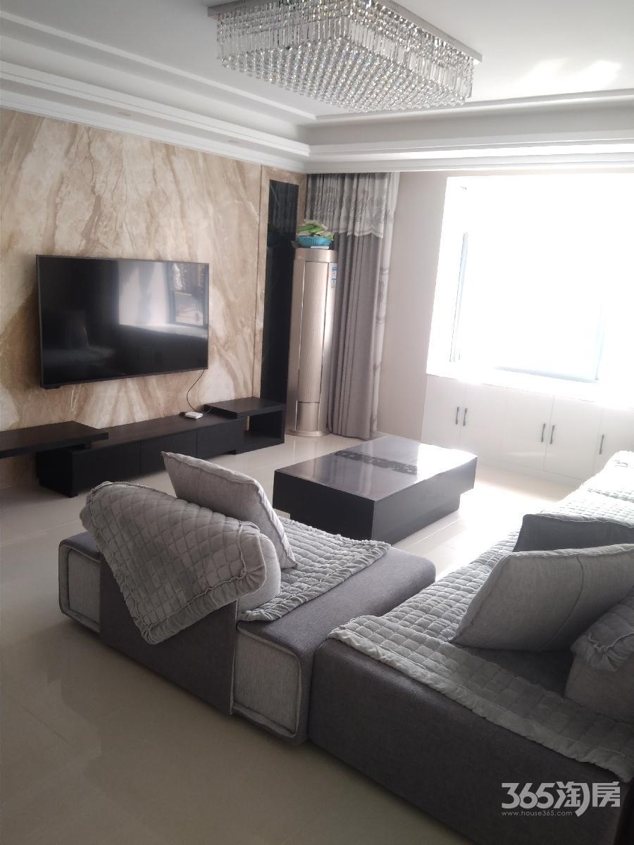 柏庄香府4室2厅2卫140平方产权房豪华装