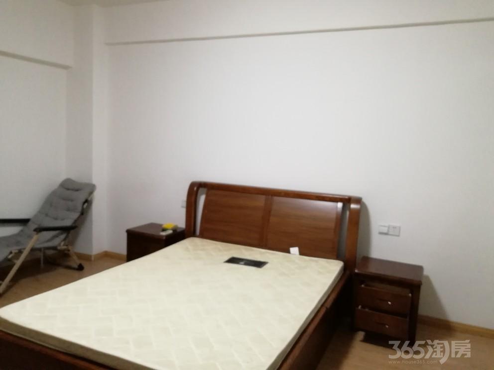中央城1室0厅1卫46平米整租精装