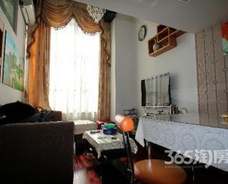 甲壳虫29331室2厅1卫45.00�O整租豪华装