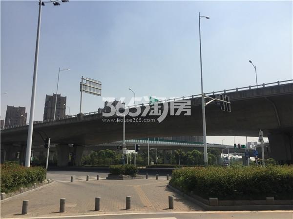 观山悦周边交通及环境(9.26)