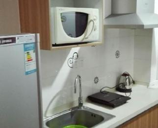 名流单身公寓净1100/月,现房有钥匙,精装,拎包住