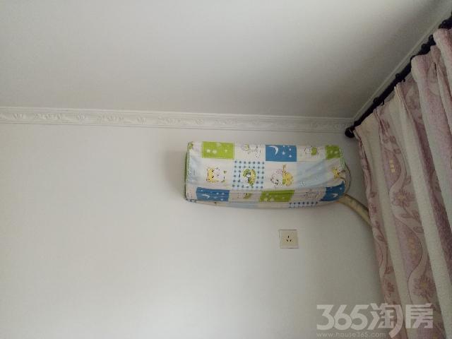 东城花园2室1厅1卫76�O整租中装