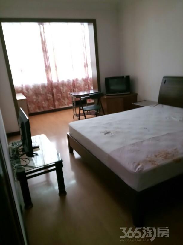 莲花六区2室2厅2卫123平米整租中装