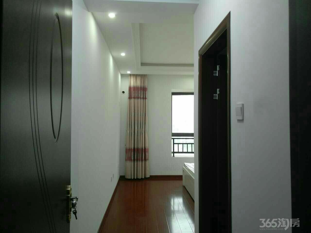 华强城赛纳丽城3室2厅2卫128平米2008年产权房精装
