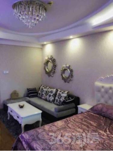 盈嘉香榴湾1室1厅1卫39平米豪华装产权房2011年建