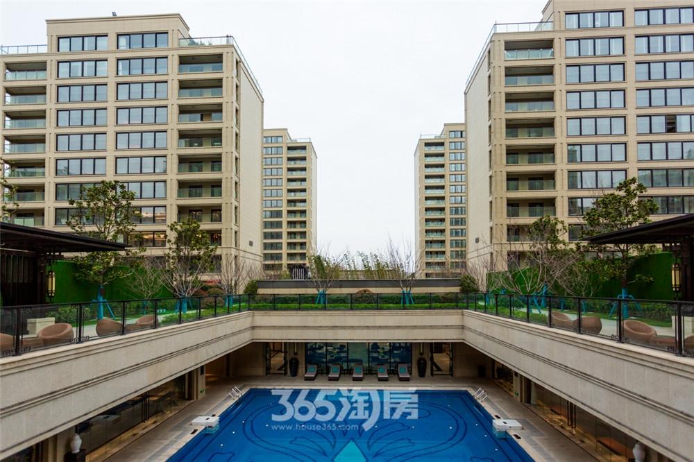 伟星玖璋台小区实景,游泳池(2020.3摄)
