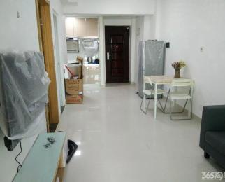 万汇城南区 68平精装装两室 急租 家电齐全 可随时拎包入