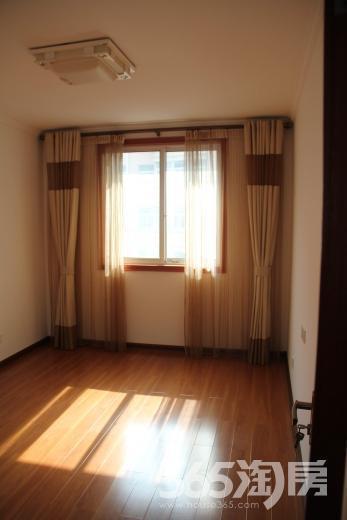 迎湖花园2室1厅1卫78㎡整租精装
